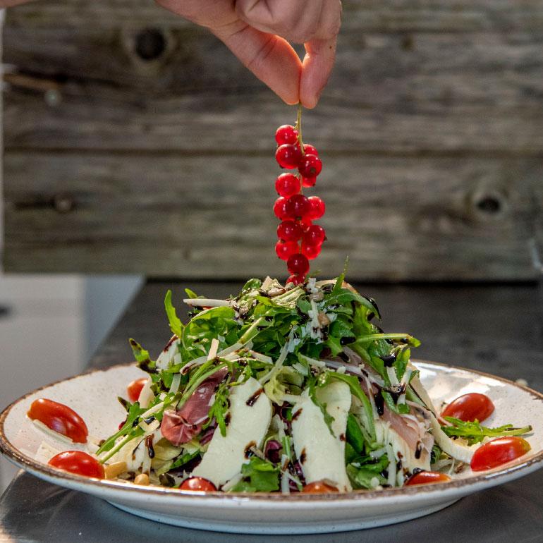 Salat Beeren Rucola